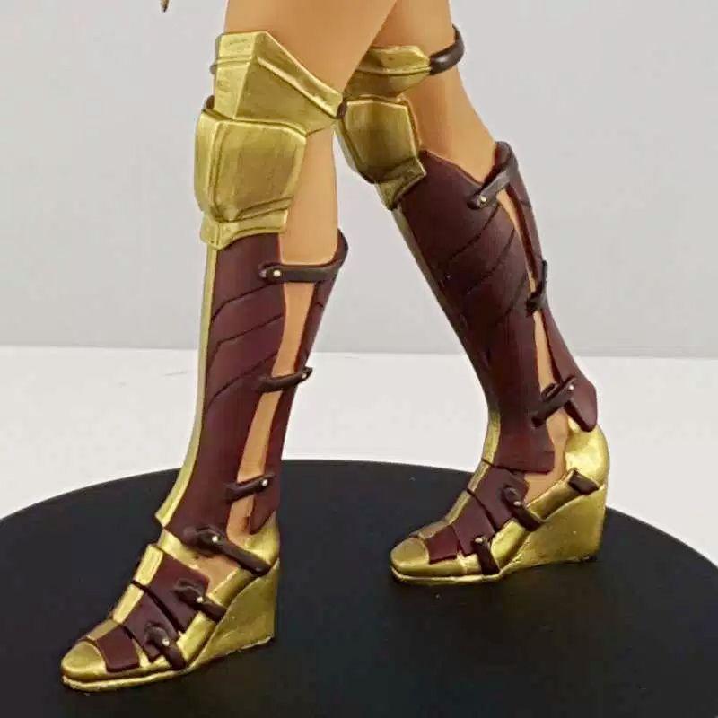 Estatua-Mulher-Maravilha-DC-Comics-Wonder-Woman-Movie-Statue-Icon-Heroes-10