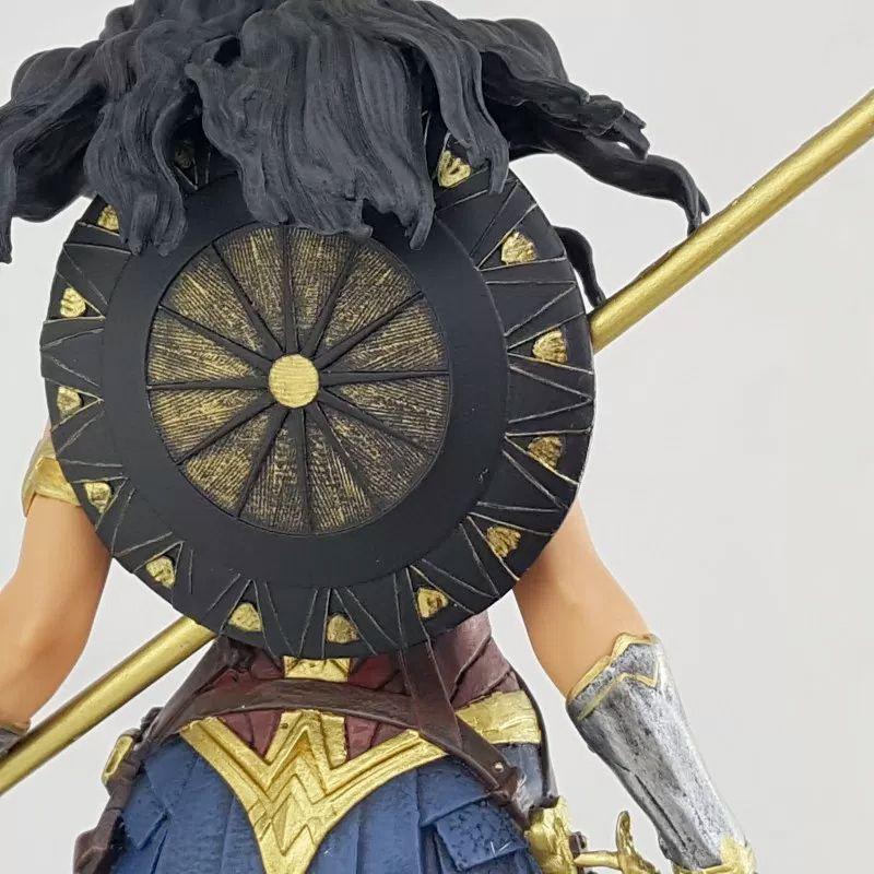 Estatua-Mulher-Maravilha-DC-Comics-Wonder-Woman-Movie-Statue-Icon-Heroes-11