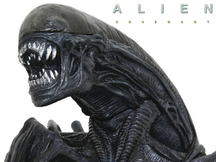 Cofre-Alien-Covenant-Xenomorph-Bust-Bank-02