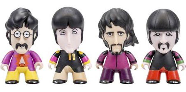 Bonecos-TITANS-The-Beatles-Sgt-Peppers-50-Anos-07