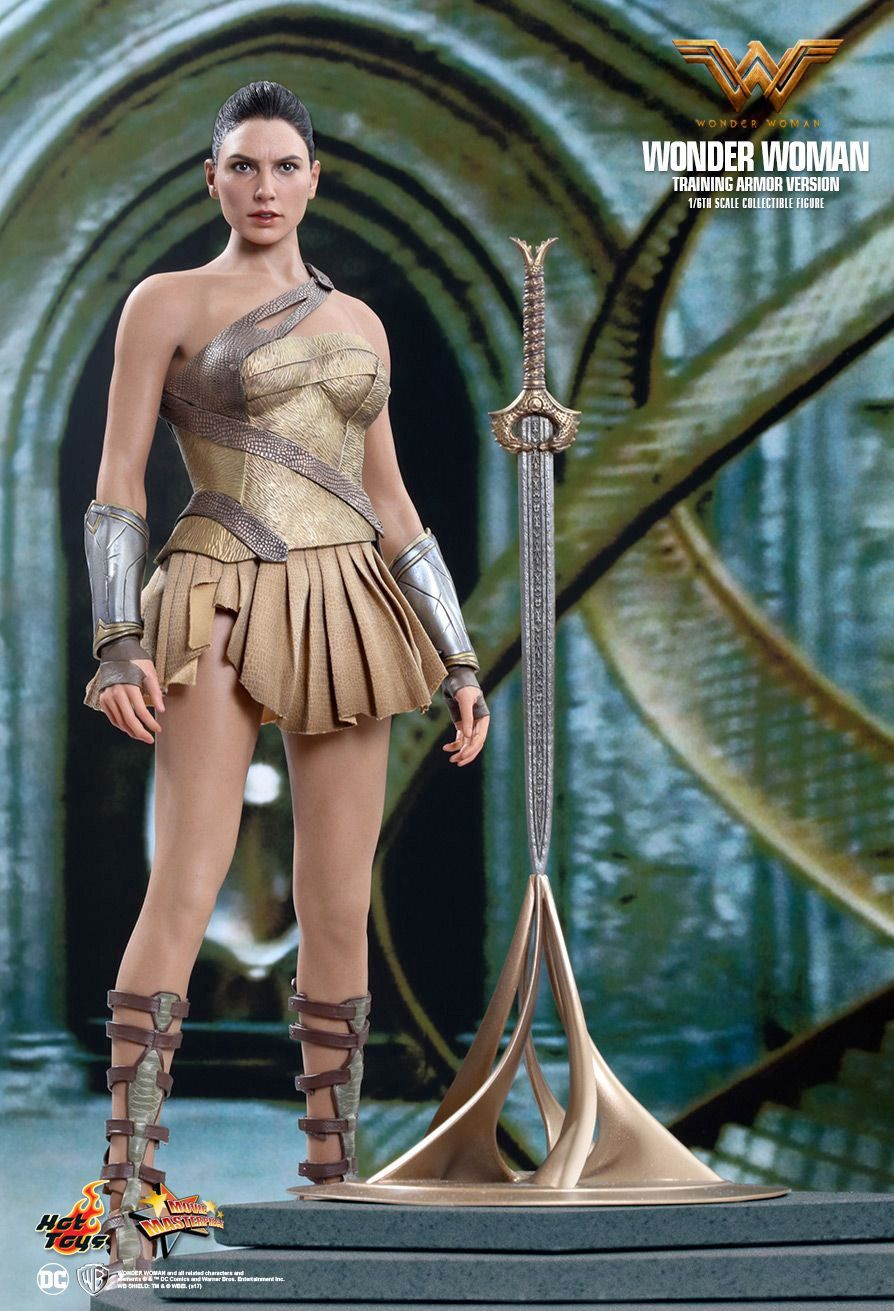 Hot-Toys-Wonder-Woman-Training-Armor-Version-Collectible-Action-Figure-01