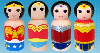 Mulher Maravilha Pin Mates com Avião Invisível – Mini-Bonecas de Madeira Retro