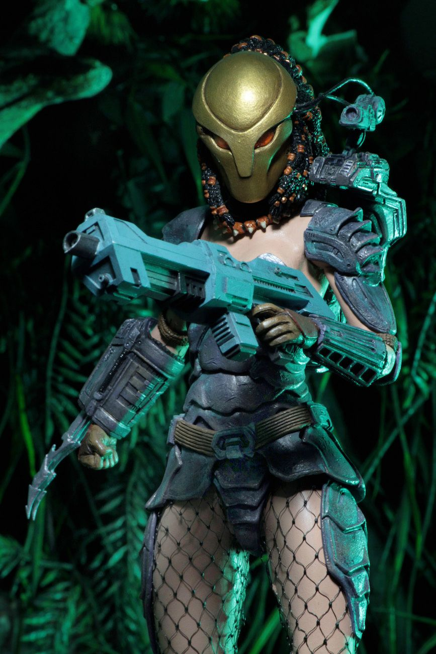 Predator-Series-17-Action-Figures-06