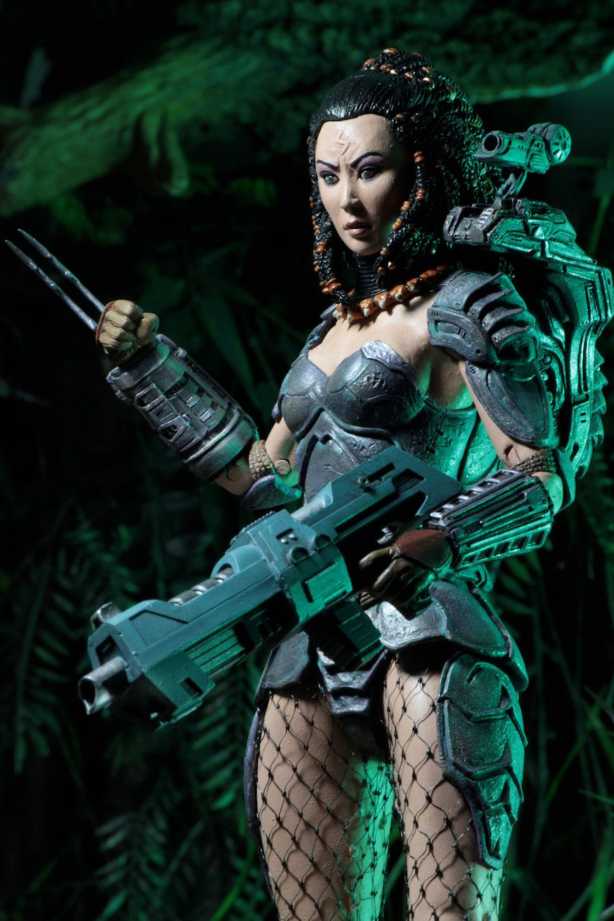 Predator-Series-17-Action-Figures-07