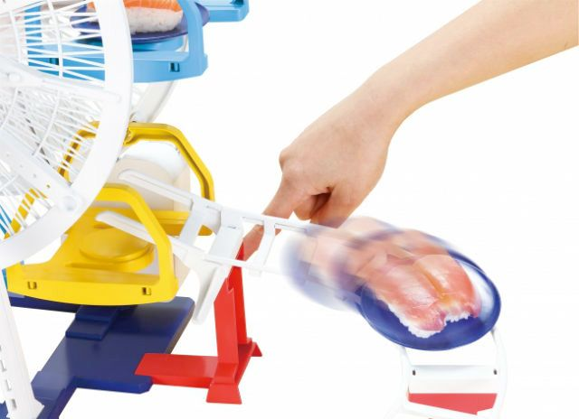 Sushi-Ferris-Wheel-Roller-Coaster-Fuji-Q-Serving-Sushi-Toy-04