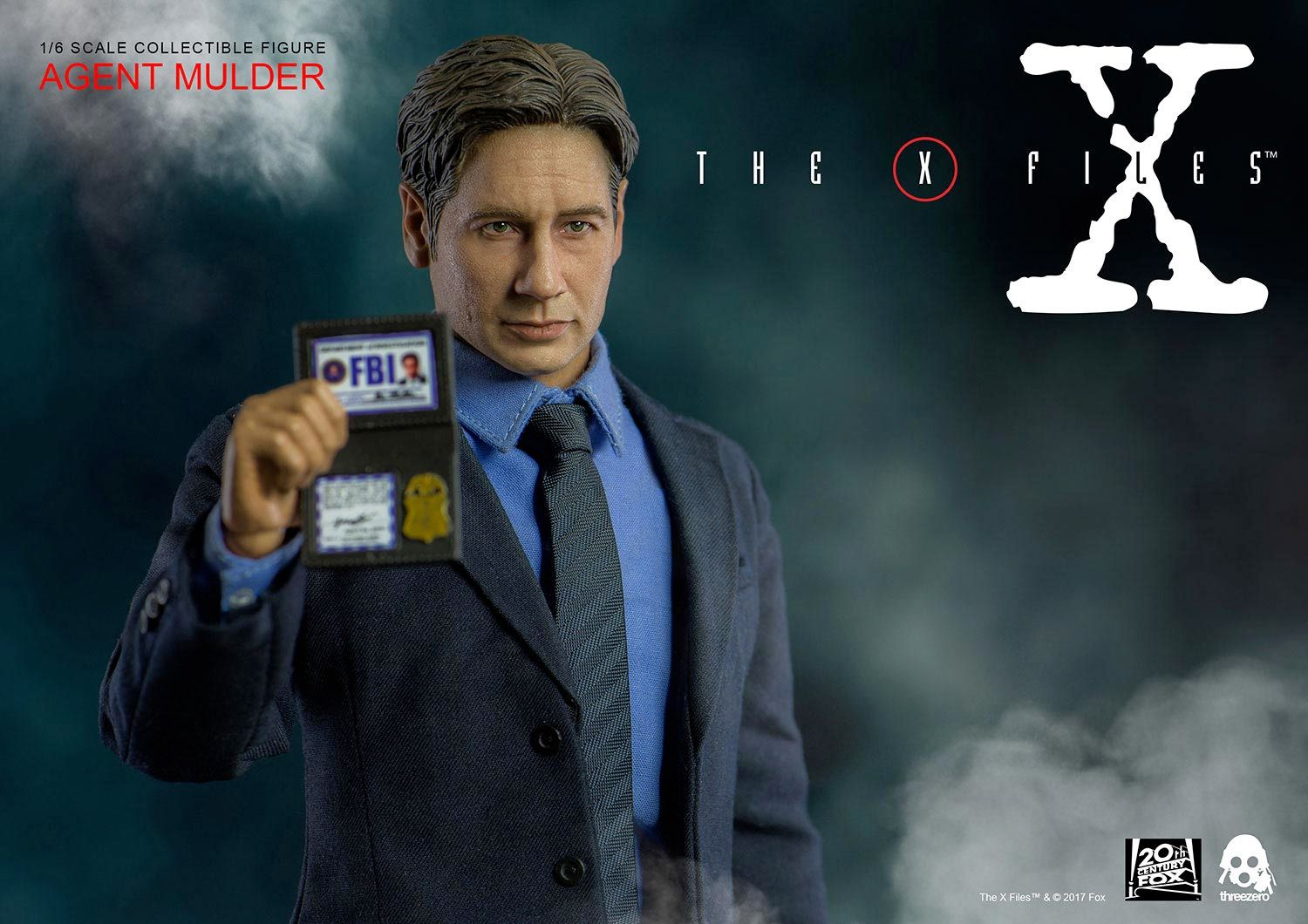 Agent-Mulder-X-Files-Collectible-Figure-ThreeZero-02