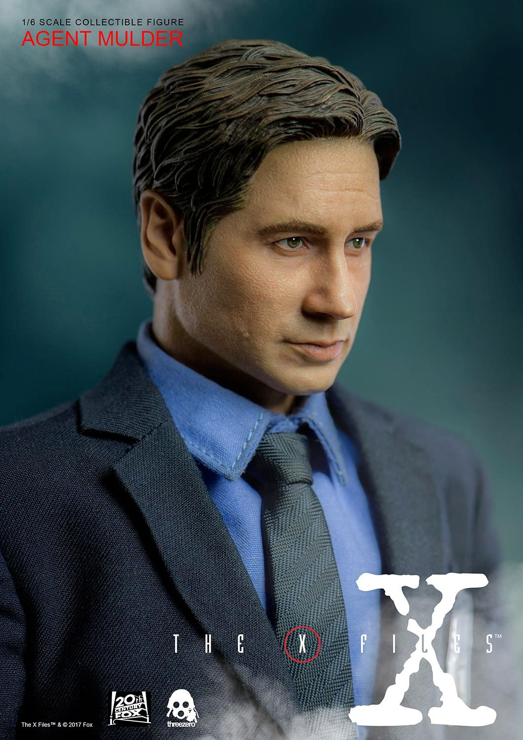 Agent-Mulder-X-Files-Collectible-Figure-ThreeZero-03