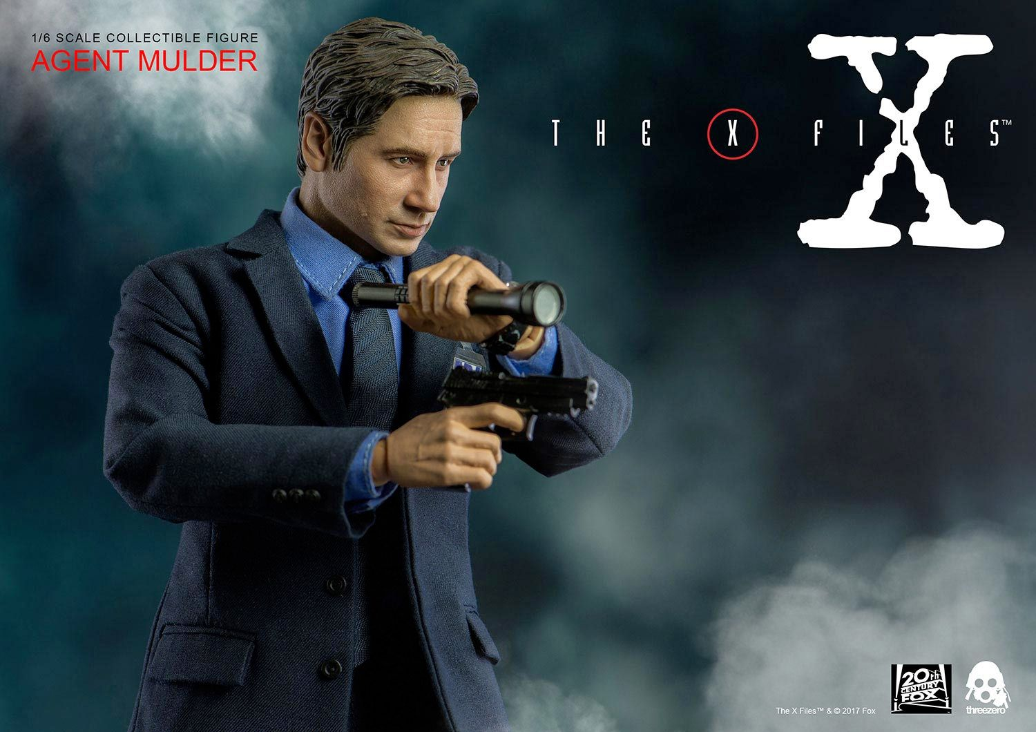 Agent-Mulder-X-Files-Collectible-Figure-ThreeZero-10