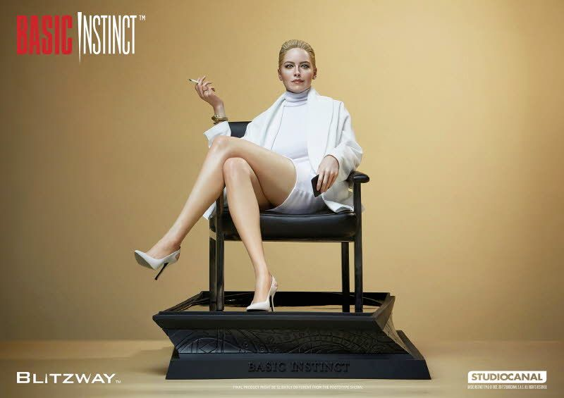 Estatua-Basic-Instinct-Sharon-Stone-01