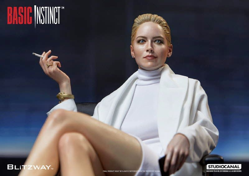 Estatua-Basic-Instinct-Sharon-Stone-02