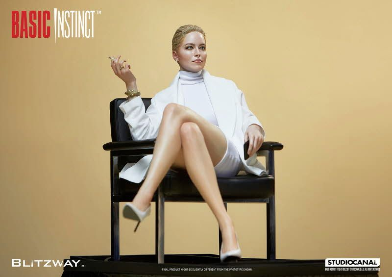 Estatua-Basic-Instinct-Sharon-Stone-04