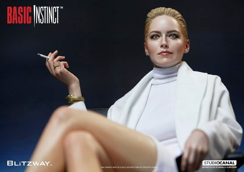 Estatua-Basic-Instinct-Sharon-Stone-06