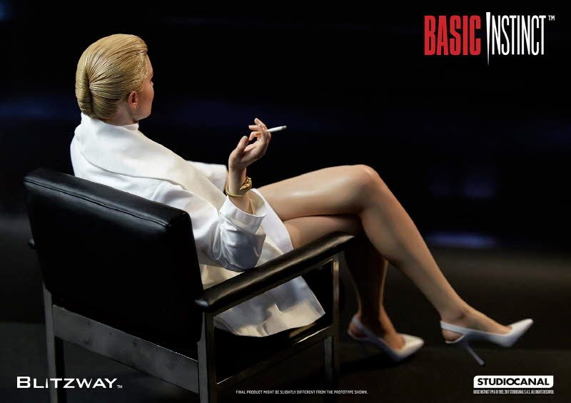 Estatua-Basic-Instinct-Sharon-Stone-07