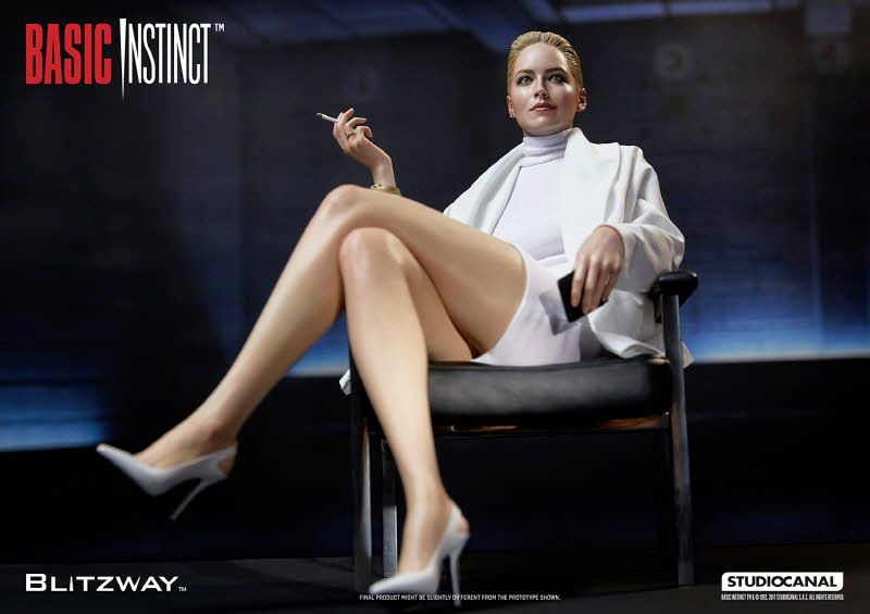 Estatua-Basic-Instinct-Sharon-Stone-08