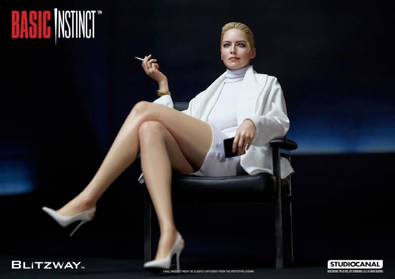 Estatua-Basic-Instinct-Sharon-Stone-10