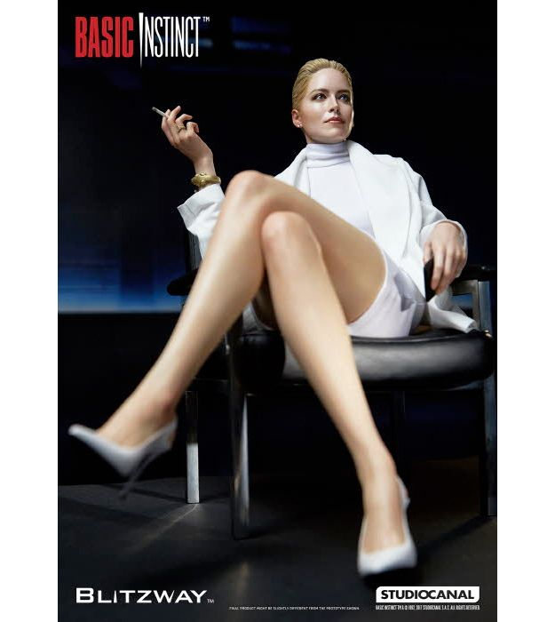 Estatua-Basic-Instinct-Sharon-Stone-12