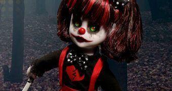 A Primeira Boneca Living Dead Doll Falante: Resurrection Cuddles