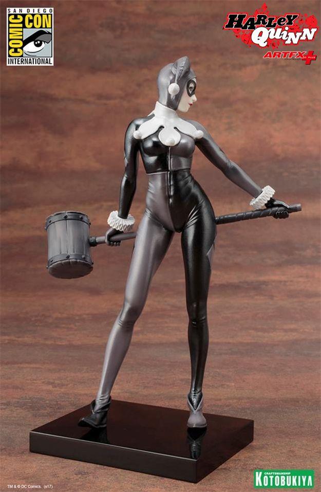Estatua-Harley-Quinn-A-Night-in-Gotham-ARTFX-Statue-2017-SDCC-03