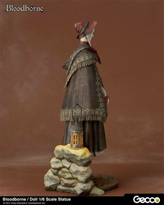Estatua-Bloodborne-The-Doll-Statue-09