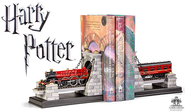 Apoio-de-Livros-Harry-Potter-Hogwarts-Express-Bookend-Set-01