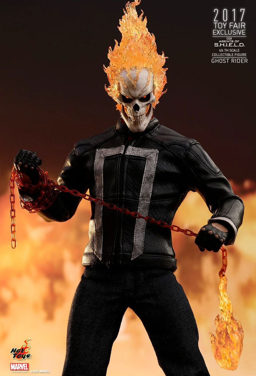 Hot-Toys-Ghost-Rider-Agents-of-SHIELD-Collectible-Figure-03