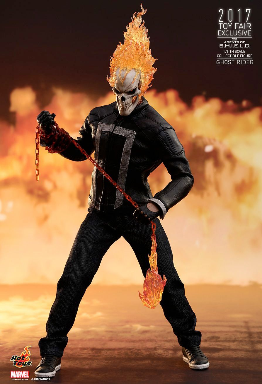 Hot-Toys-Ghost-Rider-Agents-of-SHIELD-Collectible-Figure-07
