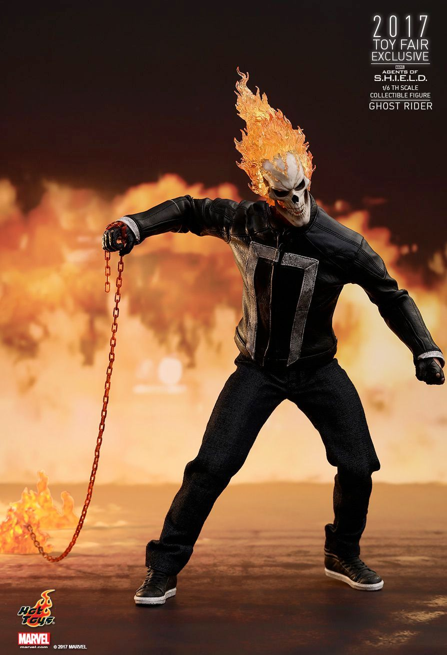 Hot-Toys-Ghost-Rider-Agents-of-SHIELD-Collectible-Figure-09