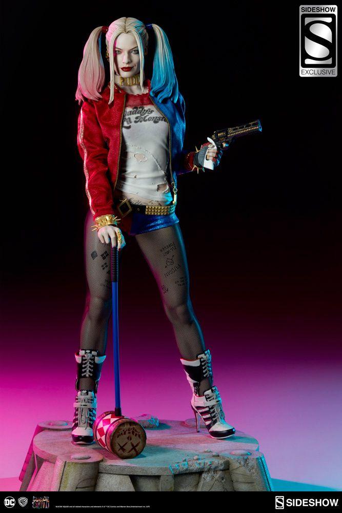 Harley-Quinn-Suicide-Squad-Premium-Format-Figure-06