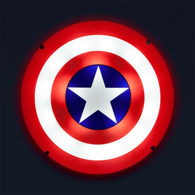Captain-America-Shield-Light-Up-Wall-Art-07