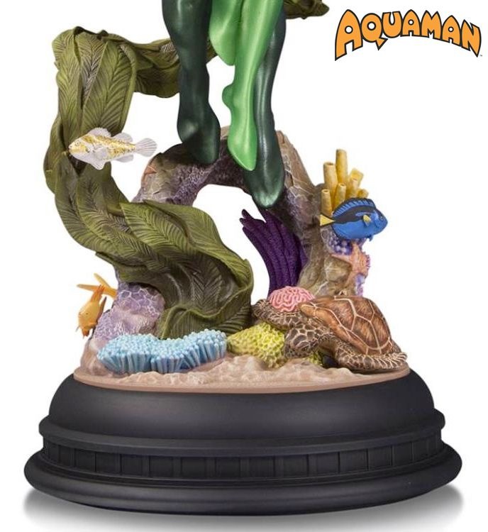 DC-Comics-Designer-Series-Aquaman-and-Mera-by-Pat-Gleason-Statue-03