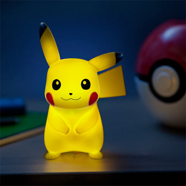 Luminaria-Pokemon-Light-Up-Pikachu-02