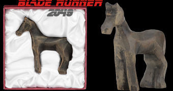 Cavalinho de Madeira Blade Runner 2049 (Prop)