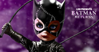 Living Dead Dolls Apresenta: Catwoman (Michelle Pfeiffer) – Batman Returns