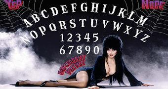 Tábua Ouija Elvira, a Rainha das Trevas!