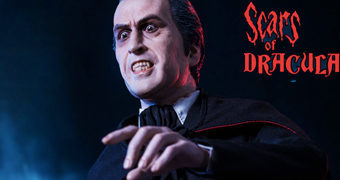Sir Christopher Lee em Scars of Dracula – Estátua 1:4 Star Ace Toys