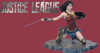 Estátua Wonder Woman Justice League Movie (Liga da Justiça)