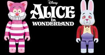 Bonecos Alice no País das Maravilhas: Coelho Branco R@BBRICK e Gato de Cheshire NY@BRICK