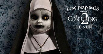 Living Dead Dolls Apresenta: A Freira de Invocação do Mal 2  (James Wan)