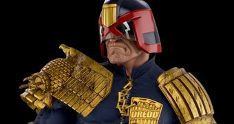 Estátua Judge Dredd Escala 1/3 com 71 cm de Altura (Pop Culture Shock)