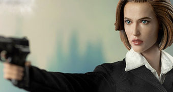 Agente Dana Scully (Gillian Anderson) em Arquivo X – Action Figure Perfeita 1:6 Threezero