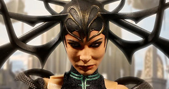 Action Figure Ragnarok Hela One:12 Collective da Mezco