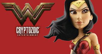 Boneca de Vinil Cryptozoic Wonder Woman (Gal Gadot)