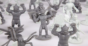 Balde com 100 Monstros em Miniatura!