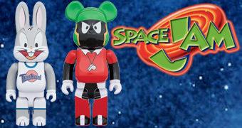 Bonecos Pernalonga R@bbrick e Marvin Marciano Be@rbrick em Space Jam: O Jogo do Século