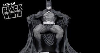 Batman Black and White por Marc Silvestri – Estátua em Preto e Branco