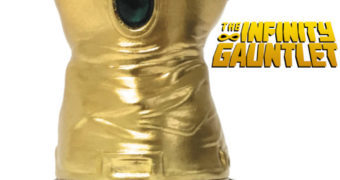 Manopla do Infinito Estátua Monumento (Vingadores Marvel)