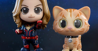 Mini-Figuras Captain Marvel Cosbaby (Hot Toys)