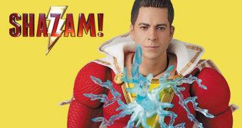 Shazam! MAFEX (Zachary Levi) Action Figure Medicom
