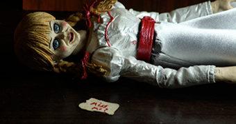Annabelle Ultimate Action Figure – Annabelle 3: De Volta Para Casa (The Conjuring)
