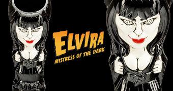 Caneca Tiki Mug Elvira, a Rainha das Trevas Geeki Tikis